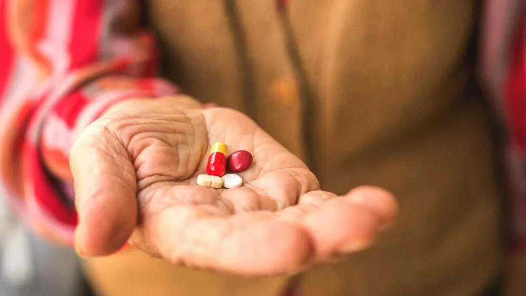 Vitamin Untuk Orang Tua Agar Terhindar dari Berbagai Penyakit